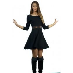 Дамскачерна рокля с дантела...