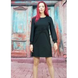 Черна рокля с дълъг ръкав...