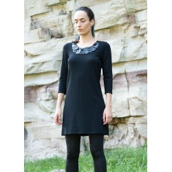 Дамска черна рокля с леко...
