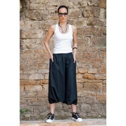 Дамски летен панталон в черно