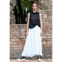 Дамски летен панталон в бяло