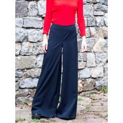 Черен дамски прав панталон