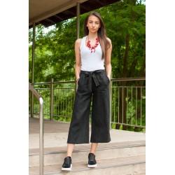 Дамски пола- панталон в черно